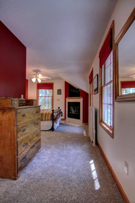 22 Apple Orchard Rd-135
