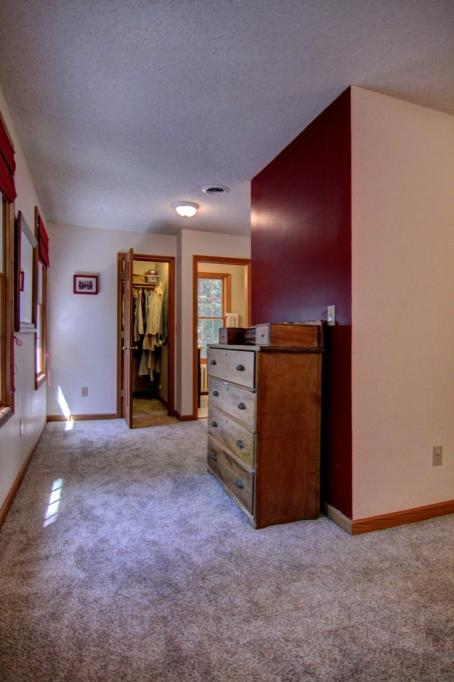 22 Apple Orchard Rd-141