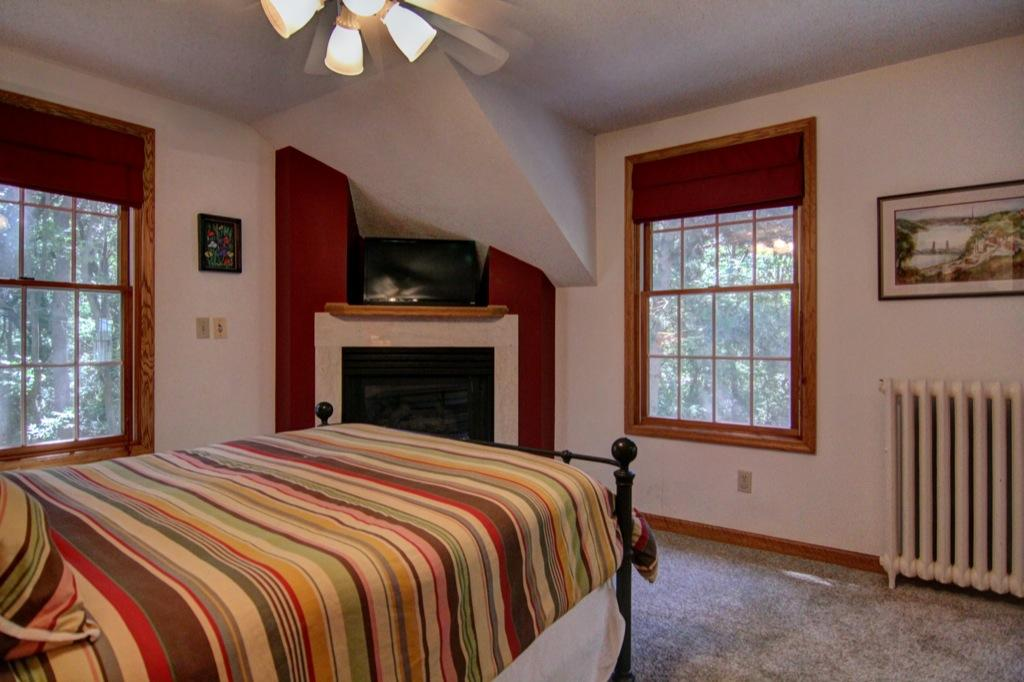 22 Apple Orchard Rd-144
