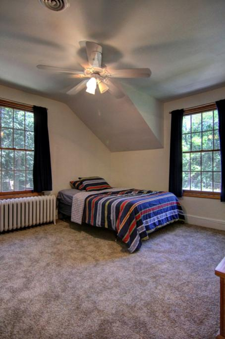 22 Apple Orchard Rd-153