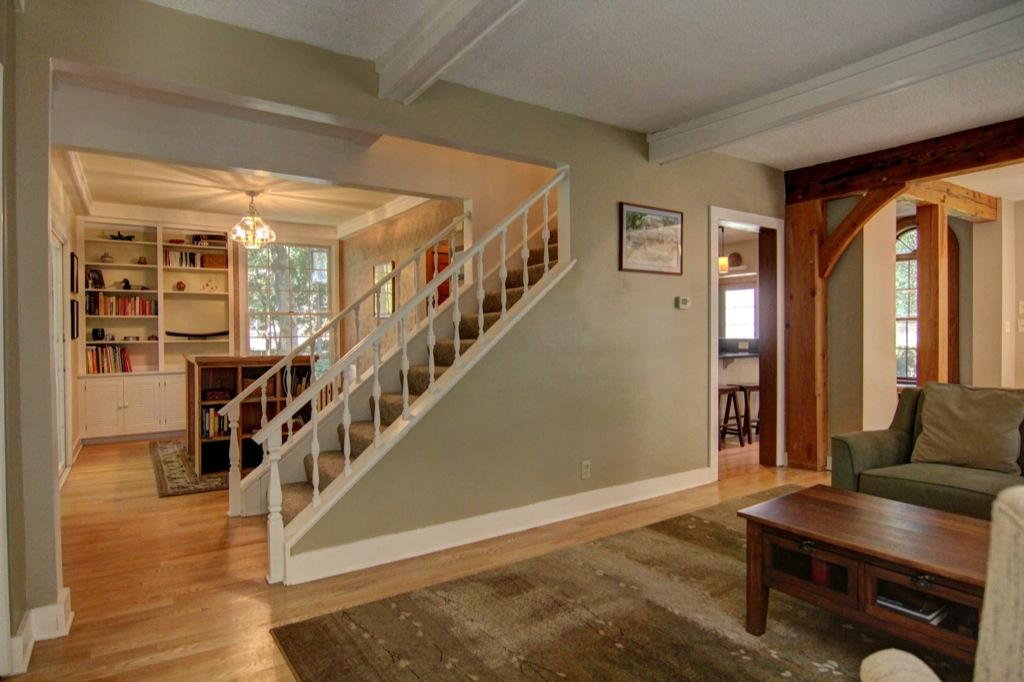 22 Apple Orchard Rd-8