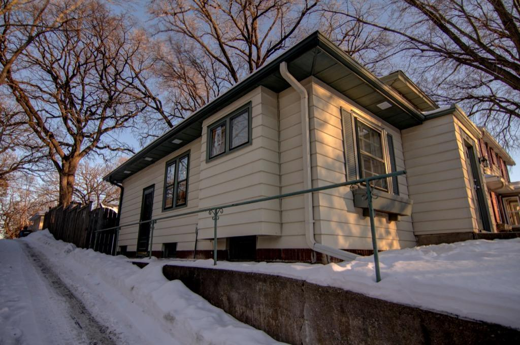 4917 Oliver Ave S-038