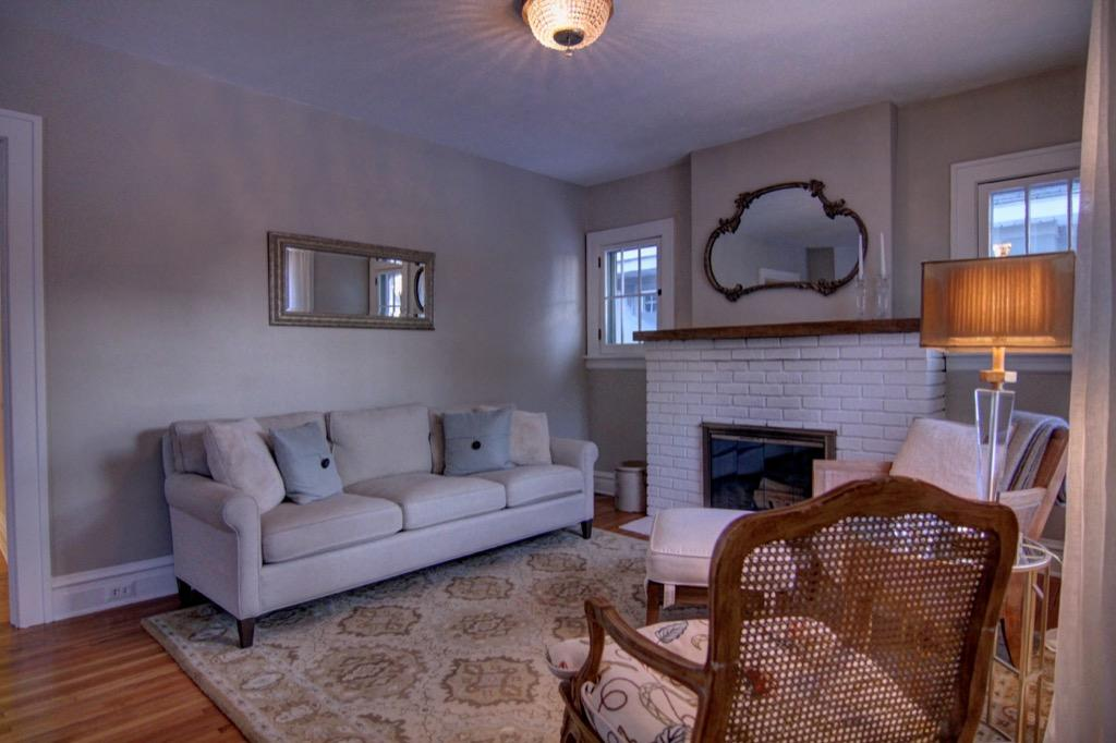 4917 Oliver Ave S-052
