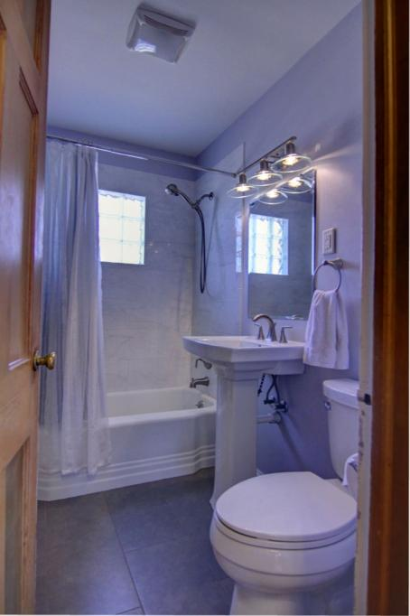5845-Upton-Ave-S-14