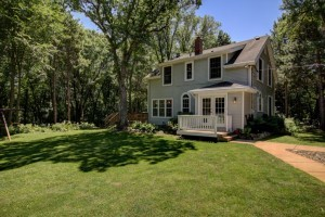 22 Apple Orchard Rd