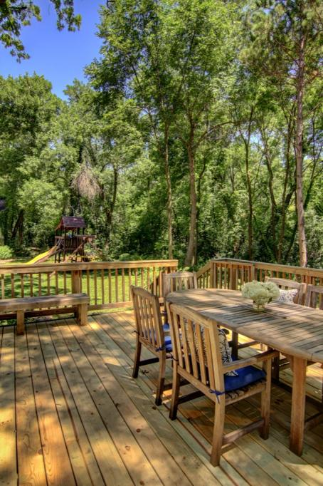 22 Apple Orchard Rd-105
