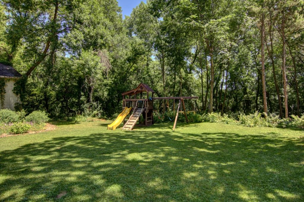 22 Apple Orchard Rd-125
