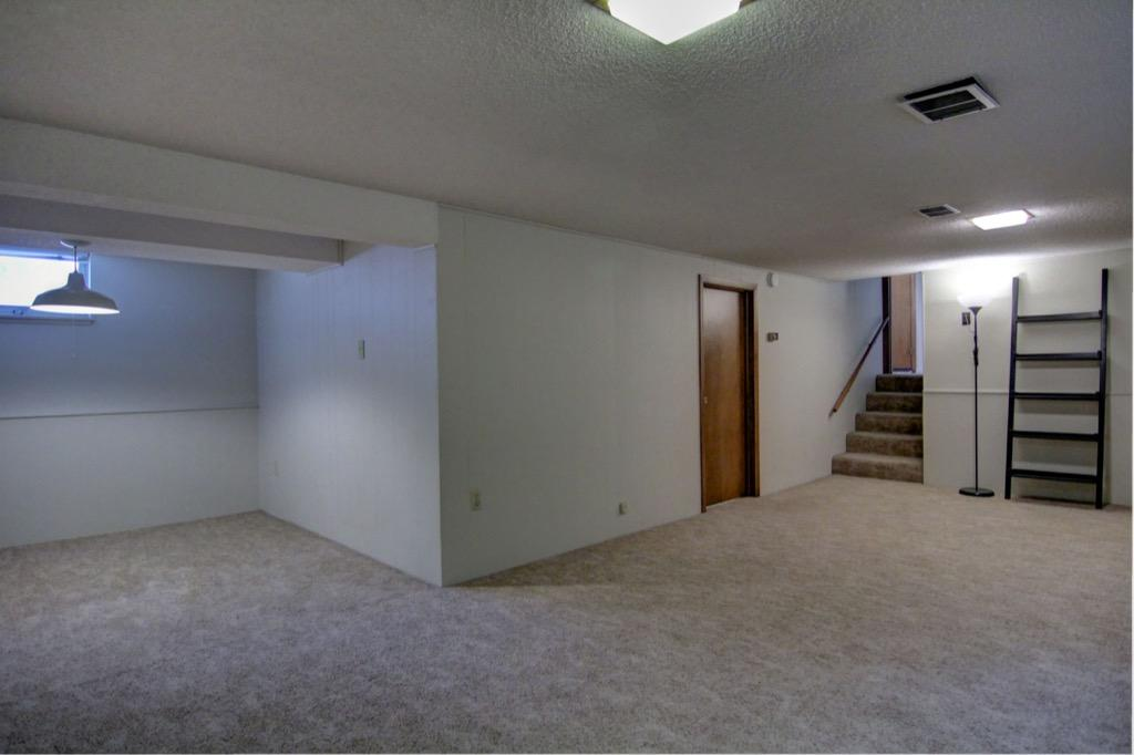 6132 Ewing Ave S-080