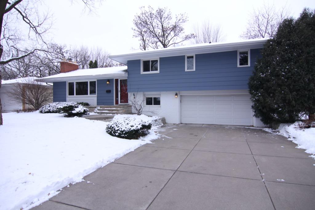 6132 Ewing Ave S-100