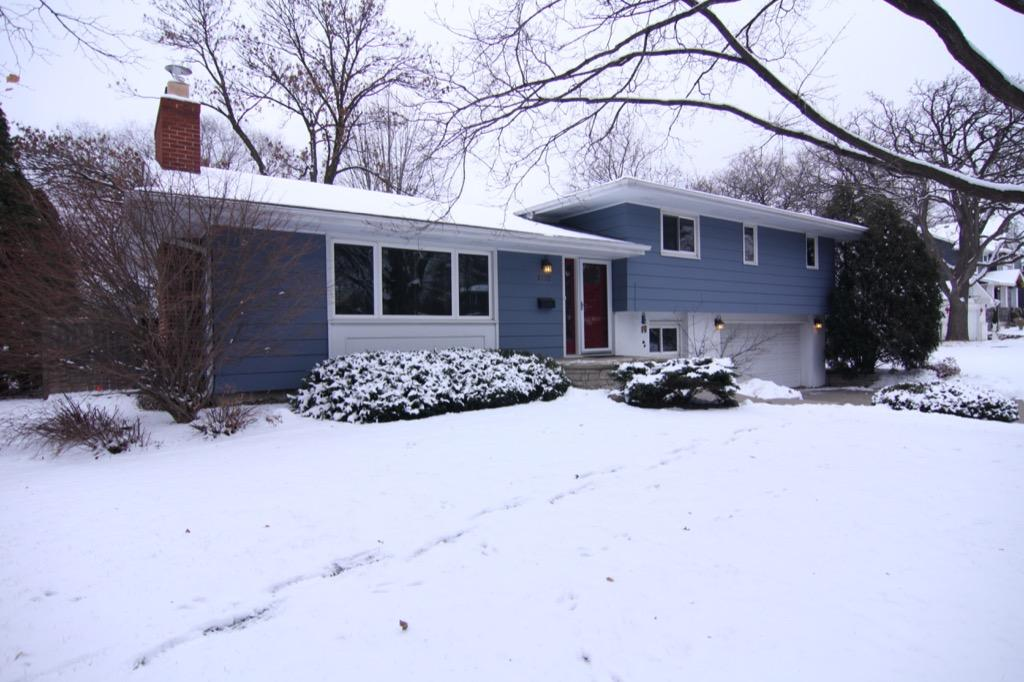 6132 Ewing Ave S-101